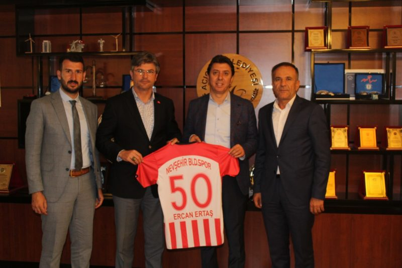 Nevşehir Belediyespor' a Destek