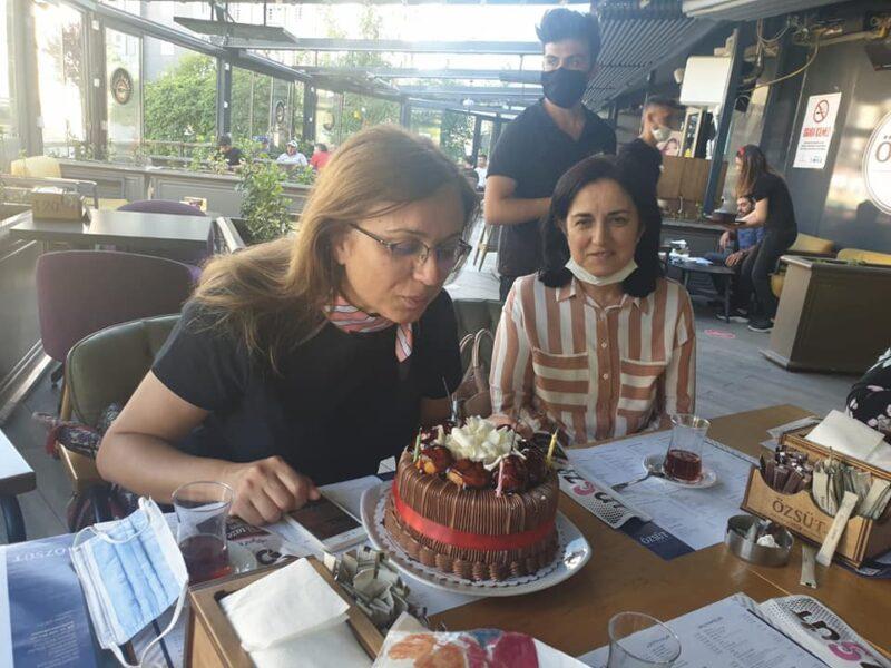 Kılıç'ın doğum gününü kutladılar