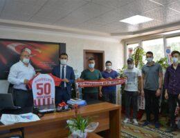 Taraftarlar Derneği Başkanından Özdemir'e ziyaret