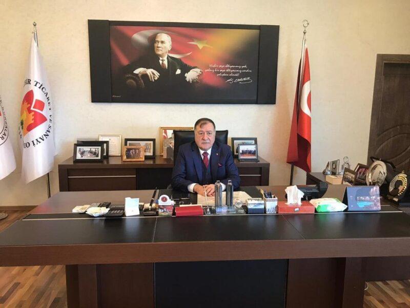 BAŞKAN PARMAKSIZ, BERAT KANDİLİ'Nİ KUTLADI
